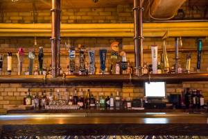 Roxy_bar_beers_on_tap
